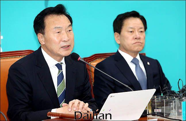 손학규 바른미래당 대표가 11일 오전 국회에서 열린 최고위원회의에서 모두발언을 하고 있다. 데일리안 박항구 기자.