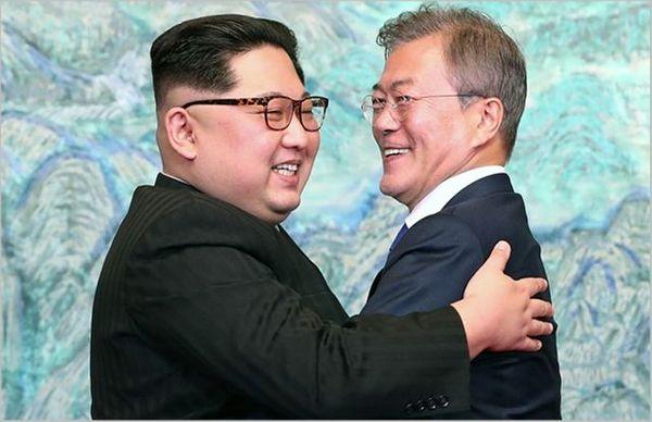 문재인 대통령과 김정은 북한 국무위원장. ⓒ한국공동사진기자단