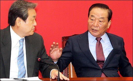서청원 무소속 의원(사진 오른쪽)과 김무성 자유한국당 전 대표. ⓒ데일리안 박항구 기자