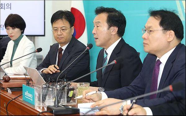 손학규 바른미래당 대표가 최고위원회의를 주재하고 있다. 자료사진. ⓒ데일리안 박항구 기자