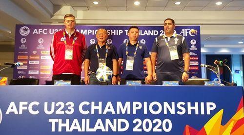 2020 아시아축구연맹(AFC) 챔피언십 조별리그 일정이 막바지로 치닫고 있는 가운데 D조의 8강 진출 팀은 16일 최종전을 마치면 결정이 난다. ⓒ 연합뉴스