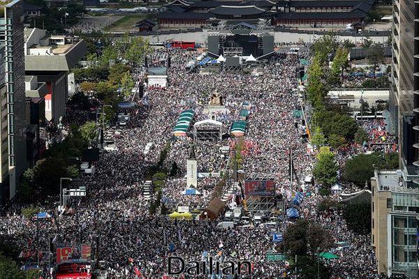 지난해 10월 3일 범보수 광화문 집회(자료사진). ⓒ데일리안 홍금표 기자