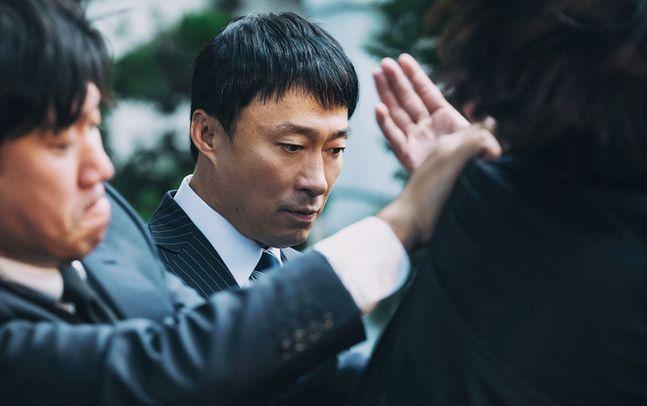 배우 이성민이 tvN