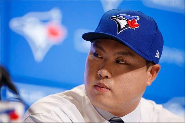 류현진을 동료로 맞이하게 된 토론토 블루제이스 선수들이 기쁜 나머지 흥분을 감추지 못한 것으로 전해졌다. ⓒ 뉴시스