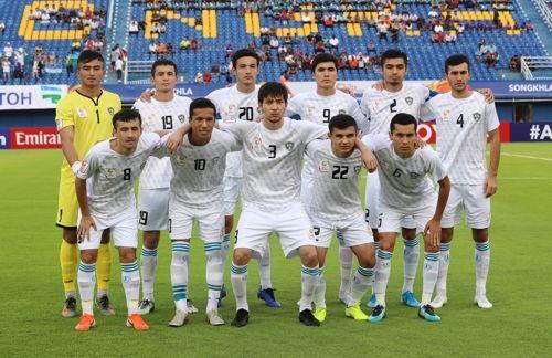 사우디에 패하며 3/4위전으로 밀려난 우즈베키스탄. ⓒ 연합뉴스