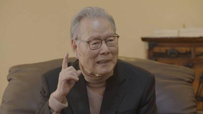 암 투병 중인 이어령 선생이 젊은이들에게 바치는 이야기가 공개된다. © JTBC