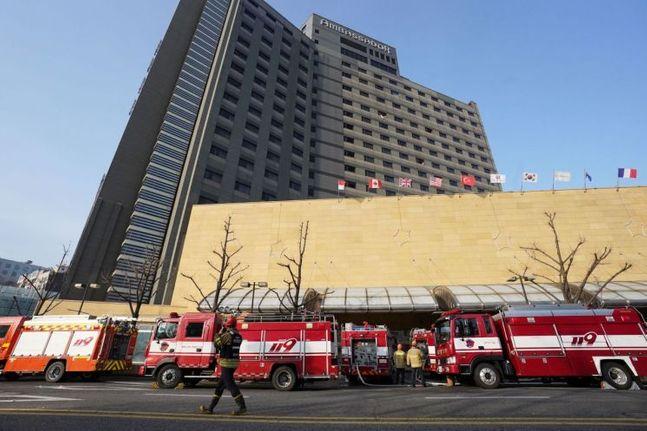 장충동 그랜드엠버 호텔 화재 발생 당시 모습.ⓒ연합뉴스
