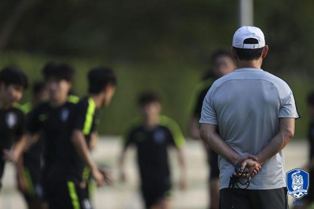 소속팀서 꾸준히 경기에 뛰어 감각을 유지해야 김학범 감독의 눈에 들어갈 수 있다. ⓒ 대한축구협회