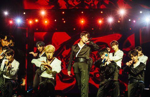 그룹 세븐틴이 북미 투어를 성황리에 마쳤다. © 플레디스엔터테인먼트