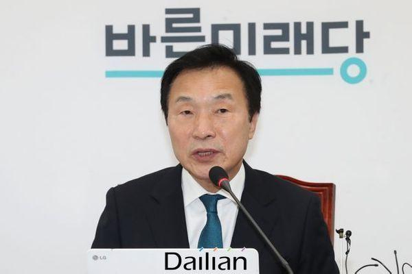 손학규 바른미래당 대표가 3일 오전 국회에서 열린 최고위원회의에 모두발언을 하고 있다. ⓒ데일리안 류영주 기자