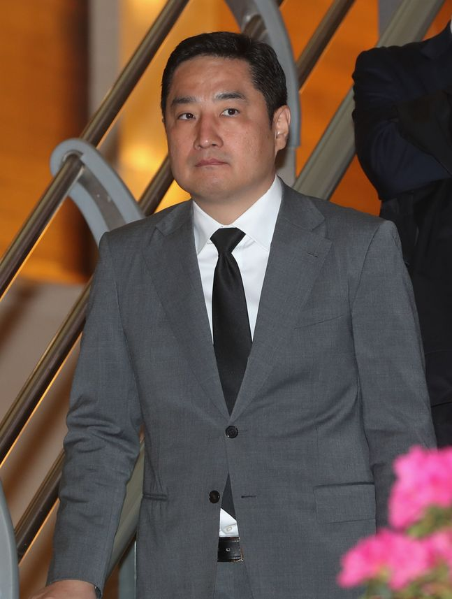 강용석이 김건모의 성폭행 의혹과 관련해 거짓 발언을 한 사실이 드러났다. © 뉴시스