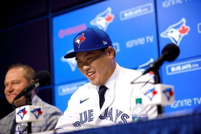 류현진(32·토론토 블루제이스)이 MLB 네트워크가 선정한 선수 랭킹에서 전체 53위에 올랐다. ⓒ 뉴시스