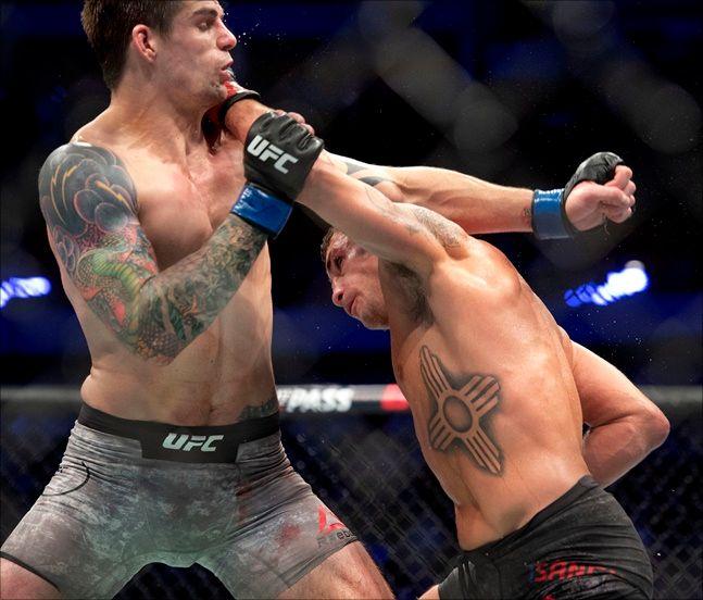 [UFC] 디에고 산체스(오른쪽)가 16일 출격한다. ⓒ 뉴시스
