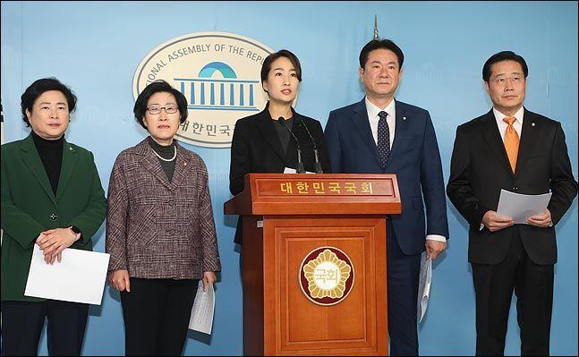 바른미래당 안철수계로 분류되는 신용현(왼쪽부터), 김삼화, 김수민, 이동섭, 이태규 의원. ⓒ데일리안 박항구 기자