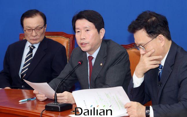 이인영 더불어민주당 원내대표가 17일 오전 국회에서 열린 최고위원회의에서 발언하고 있다.(자료사진) ⓒ데일리안 박항구 기자