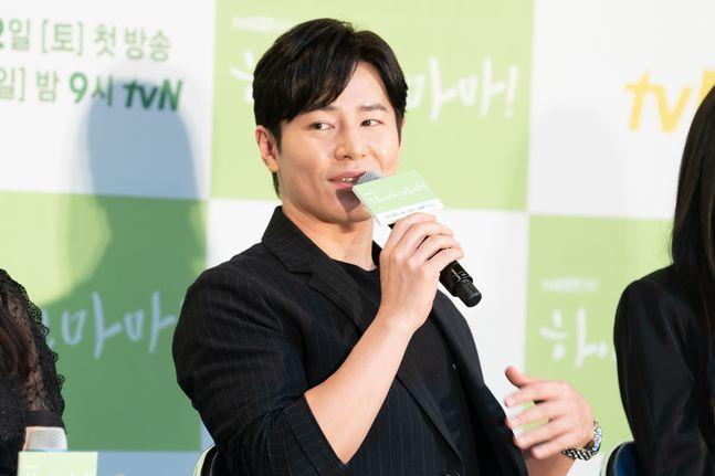 배우 이규형이 18일 오후 열린 tvN 토일 드라마