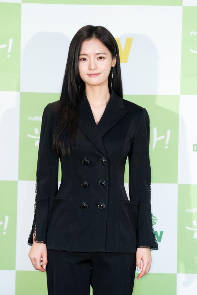 배우 고보결이 대선배 김태희에 대한 존경심을 드러냈다. ⓒ tvN