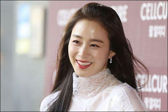 결혼과 출산으로 공백기를 가진 배우 김태희는 tvN 토일극