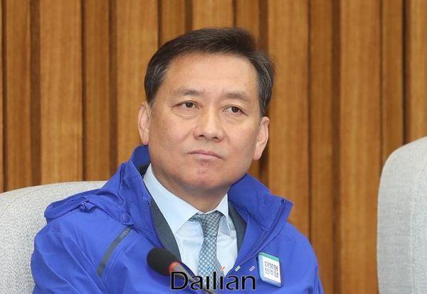 20일 민주당 선대위 1차회의 참석한 이광재 공동선대위원장 ⓒ데일리안 박항구 기자