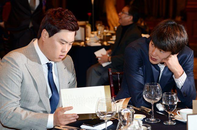 류현진과 김광현은 KBO리그에서 함께 활약하는 동안 단 한 번도 선발 맞대결이 없었다. ⓒ 뉴시스