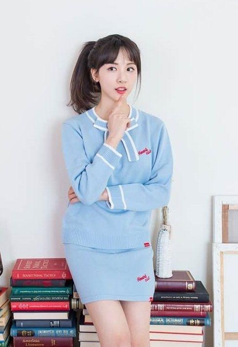 김민아 아나운서가 한때 발열 증상을 보여 JTBC가 비상에 걸리기도 했다. 김민아 SNS 캡처.