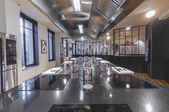삼성전자가 지난 25일(현지시간) 프랑스 파리에 위치한 백화점 '갤러리 라파예트'에 위치한 쿠킹 스튜디오 '컬러너리 아뜰리에'.ⓒ삼성전자