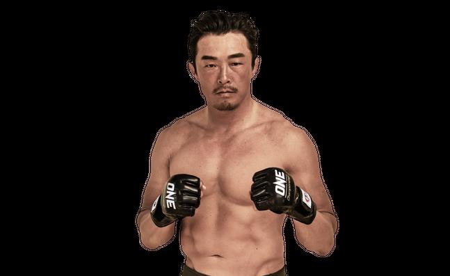 추성훈(45)이 5년 5개월 만에 종합격투기에서 승리를 거뒀다. ⓒ 원챔피언십