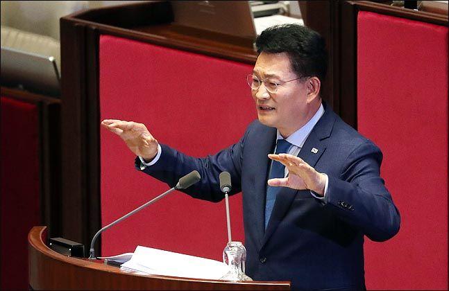 국회 대정부질문에 나선 민주당 송영길 의원 ⓒ데일리안 박항구 기자