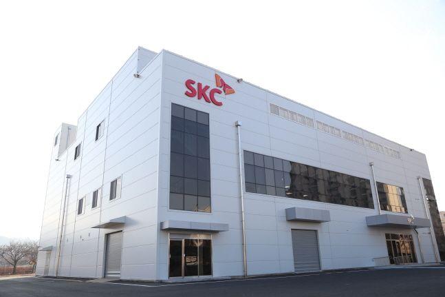 충남 천안 SKC 하이테크앤마케팅 천안공장에 건설한 SKC 블랭크 마스크 공장 전경.ⓒSKC