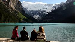 꿈에도 잊지 못할 캐나다 밴프국립공원 '모레인 호수'