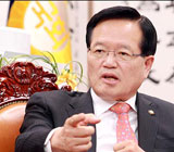 이완구 국회 인준 통과에서 또 빛난 정의화의 '뚝심'
