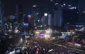 박근혜 퇴진 촛불집회, 누적 참가 인원 1000만 돌파