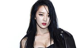 달샤벳 수빈 화보, '아찔 볼륨감 폭발'