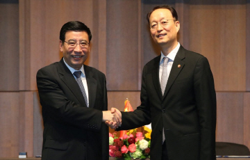 전기차 배터리, 중국서 볕들날 오나...업계 기대감 '업'