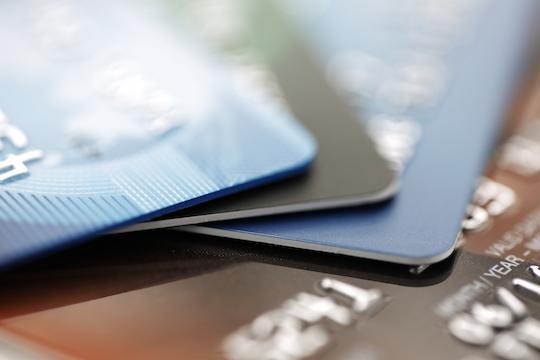 카드사-국제브랜드 수수료 갈등 결론 초읽기...'소비자 부과' 현실화되나