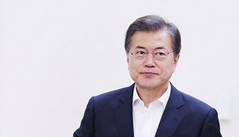 60%선 무너졌다…文대통령 지지율 58.8%