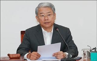 """김동철 """"일자리 문제, 청와대 참모진부터 전면 교체하라"""""""