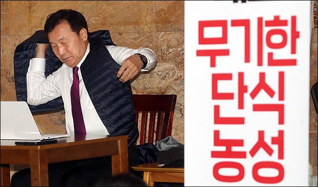 손학규·이정미 단식으로 본 '프로단식러' 역사