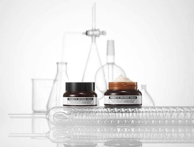 일동제약 '퍼스트랩', 유산균 발효물 함유 화장품 출시