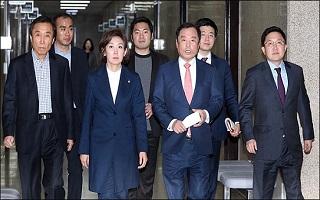 한국당 전당대회, 시대정신에 맞는 자유 우파 가치 확립의 계기가 되어야