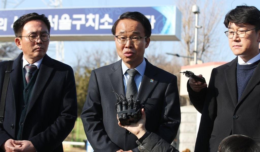 김경수, 공개적인 '옥중도정' 의미는?