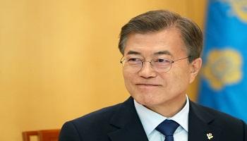 文대통령 지지율 49.9% '위기감 결집'