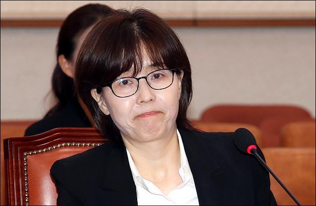 """[데일리안 여론조사] 이미선  """"사퇴해야"""" 47.2% vs """"사퇴 반대"""" 42.3%"""