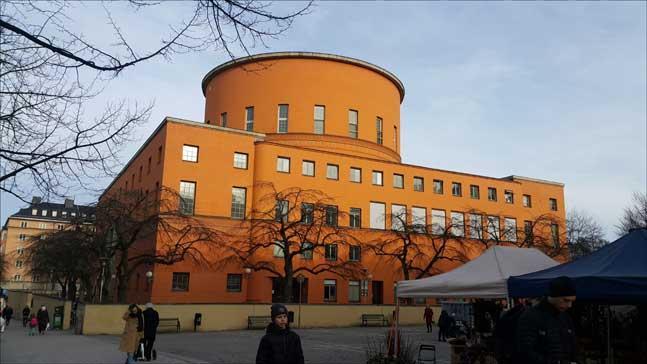스마트한 시민 만드는 스웨덴의 공공 도서관