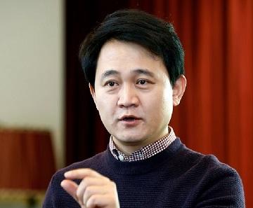 """[CEO가 뛴다-43] '혁신 DNA' 방준혁 넷마블 의장 """"2020년까지 세계 톱5 간다"""""""