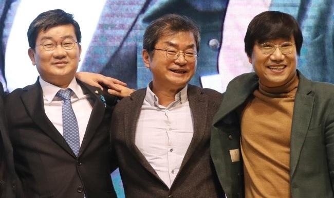 '부담 주기 싫다'던 3철…총선 선봉에 서나