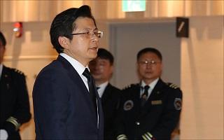 '친박 물갈이' 타깃, 진박이냐 복당파냐…黃 리더십 '갈림길'
