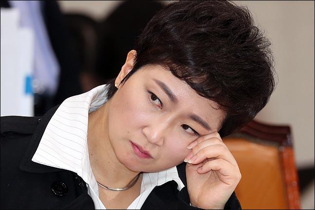 """이언주 """"김정숙 여사, 대통령인 줄 착각""""…손혜원 """"부러우면 지는 건데"""""""
