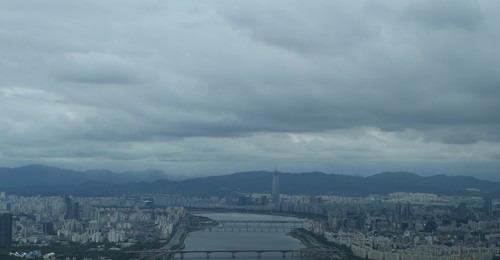 [내일날씨] 구름 많은 화요일…강원 영동 등 때때로 비 소식