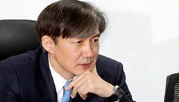 '日무역보복 여론전' 최전방에 조국…게시물 33건 쏟아내